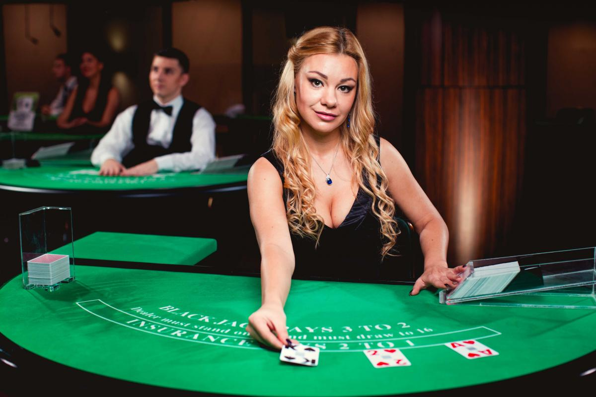 The Rise and Rise of Live Dealer Gaming